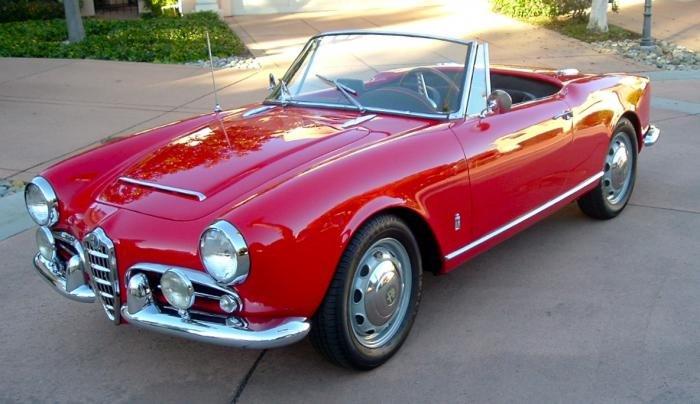 wanted concours 60's giulia super / trade 1960 giulietta spider +/-