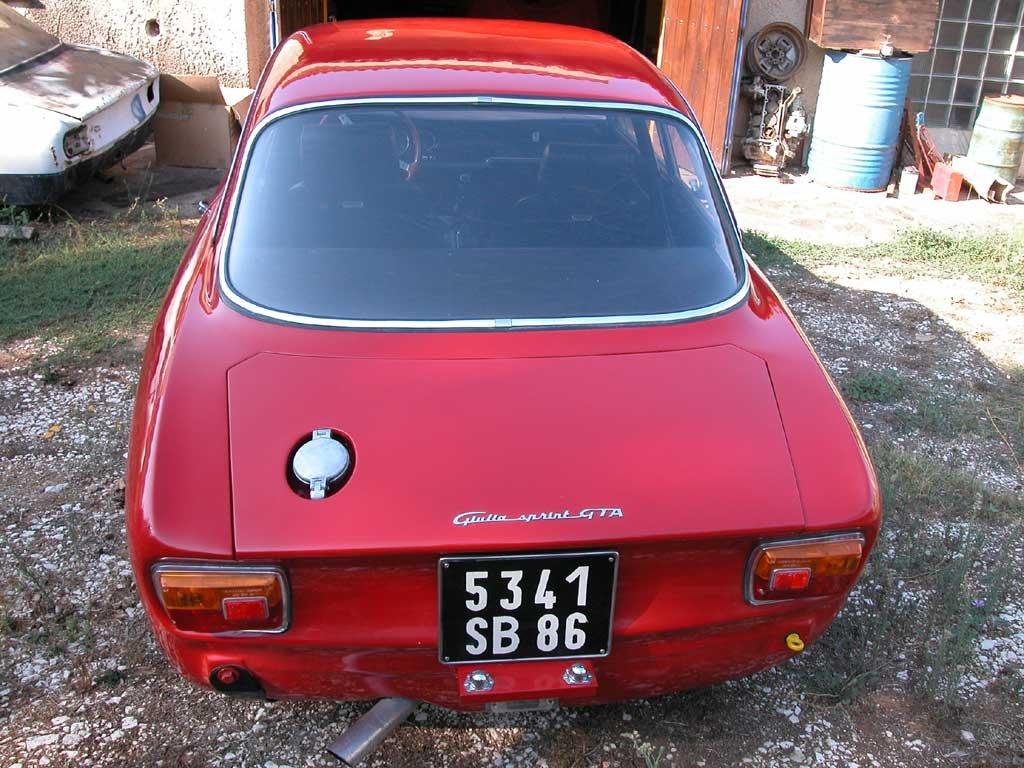 Antique beige Alfa-Romeo copue