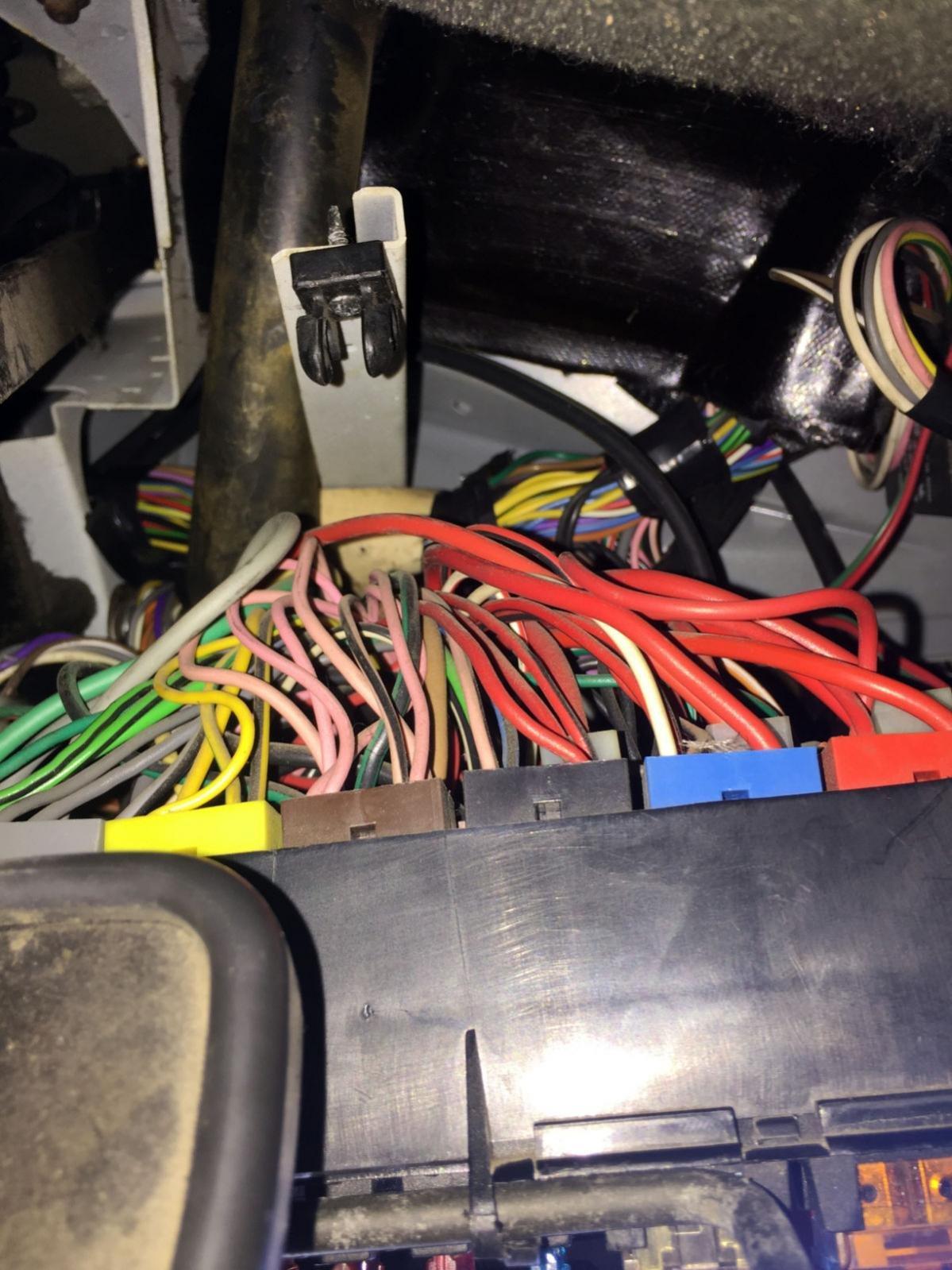 Fuse Box Wiring Clip