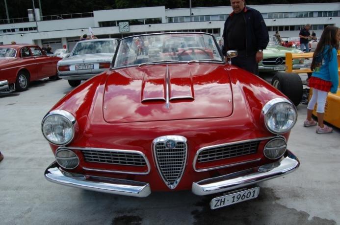 Name:  Alfa_Romeo_2000_1958-1961_(Touring_Spider)_(01)_-AB1-.jpg Views: 429 Size:  55.9 KB