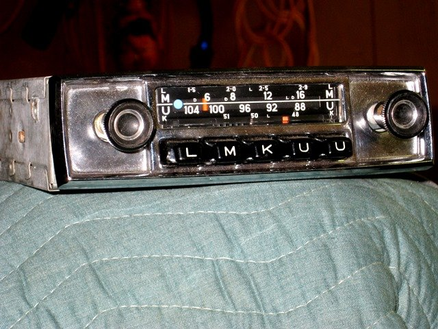 For Sale Blaupunkt Frankfort AM/FM radio - Alfa Romeo Bulletin Board
