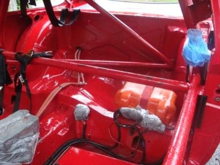 Name:  Comp Pic of Alfa 116 GT Alfetta Sports Sedan Rear Battery Motec and Interior Roll Cage View 20-0.jpg