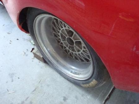 Name:  Compressed Pic of Alfa Sports Sedan Rear LHS Wheel Arch Pics 12-02-2011 Looking Forward.jpg