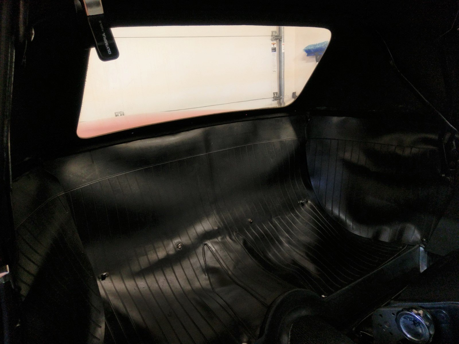 Name:  Duetto interior top up.jpg Views: 82 Size:  287.3 KB