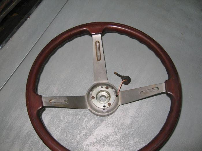 Vintage VW Steering Wheel Restoration - Canyon Country, California