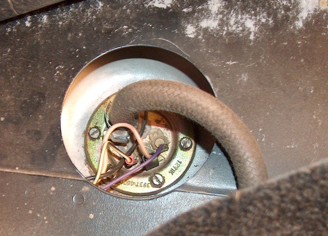 63671d1176549096 tank fuel pump question fuel sender in tank fuel pump question alfa romeo bulletin board & forums Alfa Romeo Speedometer Wiring Diagram at gsmportal.co