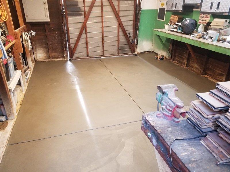 Name:  garage30.jpg Views: 299 Size:  189.4 KB