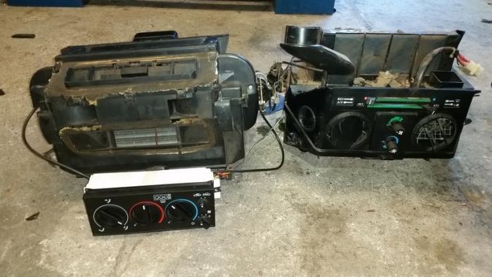 Name:  Heater box 2.jpg Views: 408 Size:  48.3 KB