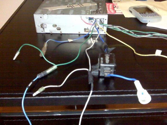 133557d1237035652 clarion radio harness pin out confusion img00186 clarion radio harness pin out confusion alfa romeo bulletin clarion radio wiring diagram code at creativeand.co