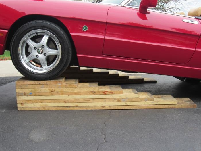 D Wood Car Ramps Img on Alfa Romeo Spider Veloce 1987