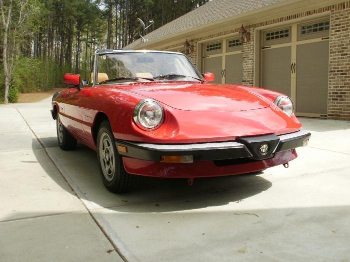 Front bumper for a Junior Zagato  Alfa Romeo Bulletin