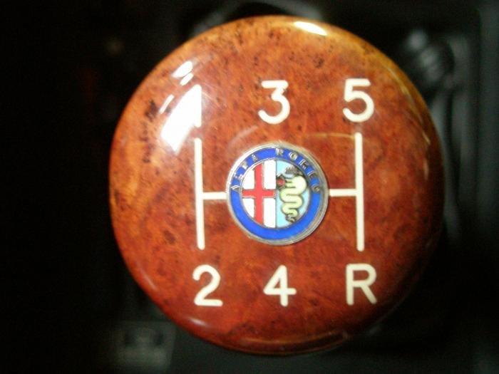 Shift Knob Alfa Romeo Bulletin Board Forums - Alfa romeo shift knob