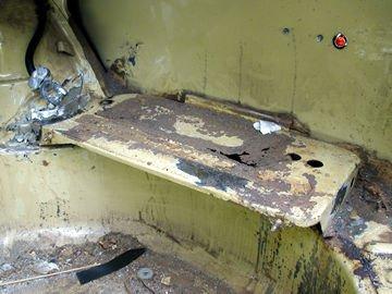 Name:  trunk%20battery%20mount%201.jpg Views: 102 Size:  26.8 KB