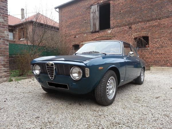 Showcase cover image for Giulia sprint GT