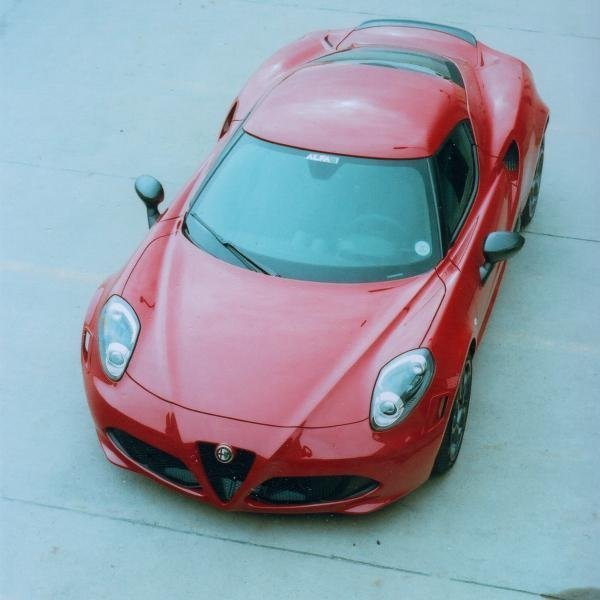 Showcase cover image for Raton's 2015 Alfa Romeo 4C
